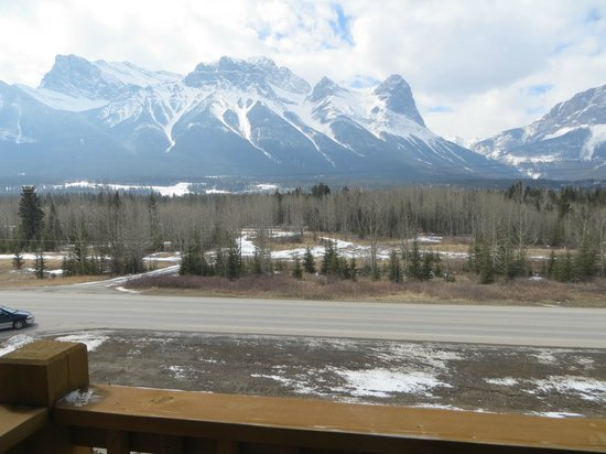 Stoneridge Mountain Resort by CLIQUE: Mountain View from Balcony