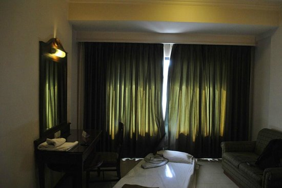 The President Hotel: Large Window