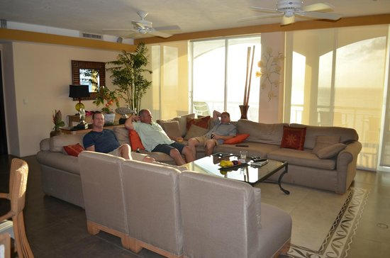 El Cantil Condo Resort : Living Area