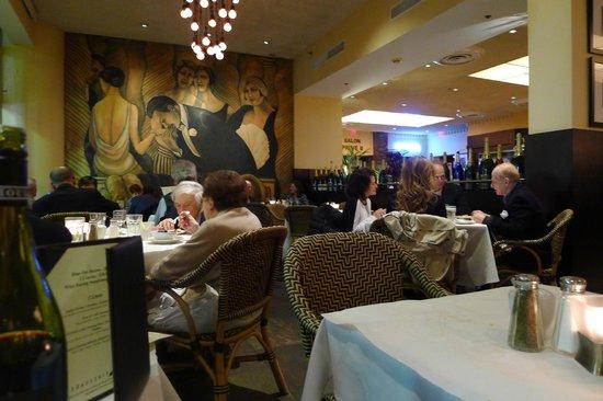 Brasserie JO: Huge and faceless dining area
