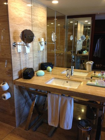 Crowne Plaza Vilamoura - Algarve : Bathroom