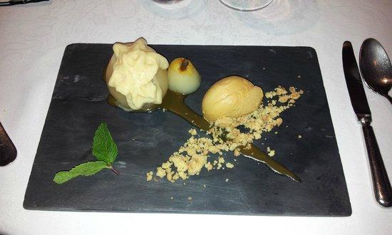 Le Valentino : Dessert Poire mousse de caramel