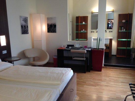 """Hotel Rathaus Wein & Design: Room """"Paul Achs"""""""