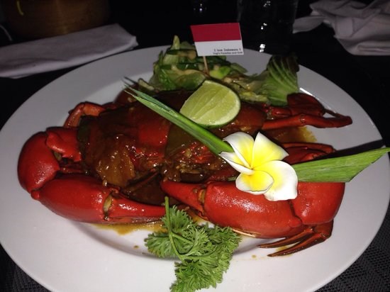 Yogi's Paradise and Grill : Chilli Crab - holy crap it is amazing! Definitely a must have - remember to order 1 day ahead th