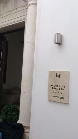 Balcon de Cordoba: Entry