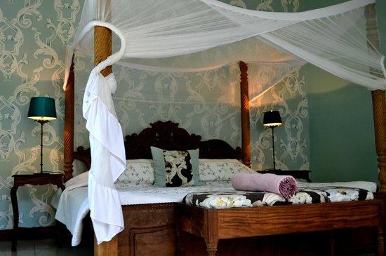 Echo Beach Hotel: Bedroom