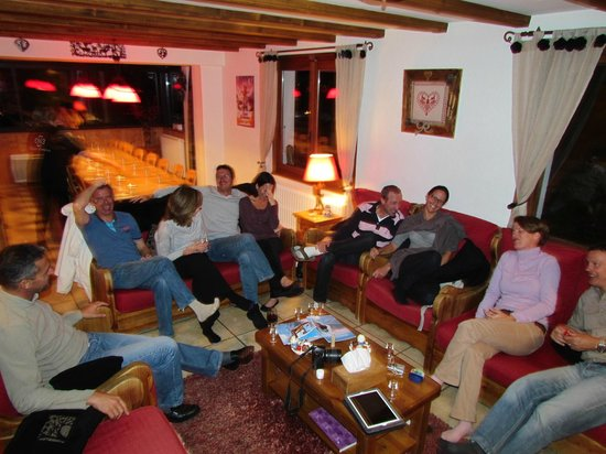 Chalet Morzine Luxury Chalets, Chalet Morzine : Apero...