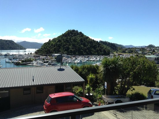 Harbour View Motel Picton: view from the balcony