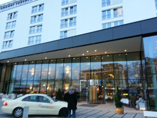 Hotel Stadt Freiburg : Nice looking entrance