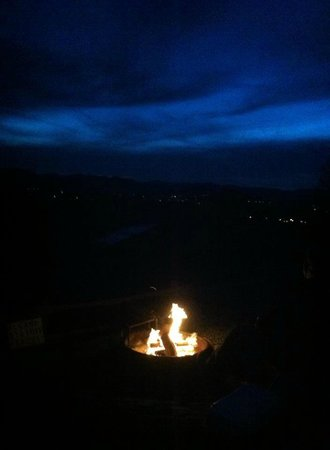 Campfire Lodgings: Our view at night.