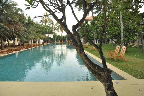 Jetwing Beach: swimming pool