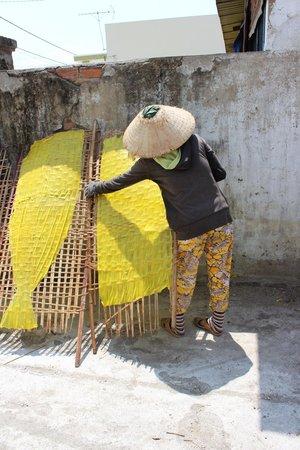 Nha Trang River Tour : Rice paper making