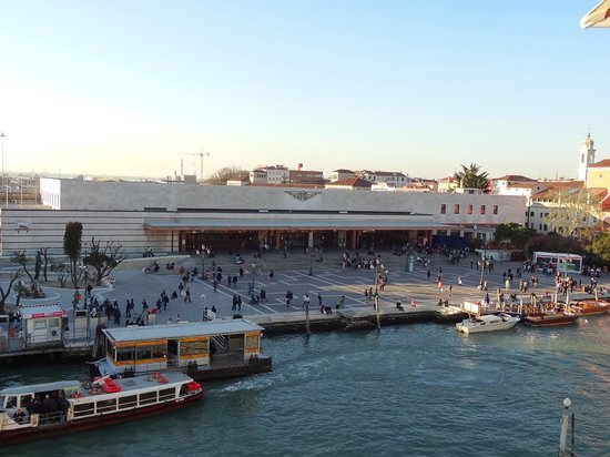 Hotel Carlton on the Grand Canal : View from rooftop restaurant!