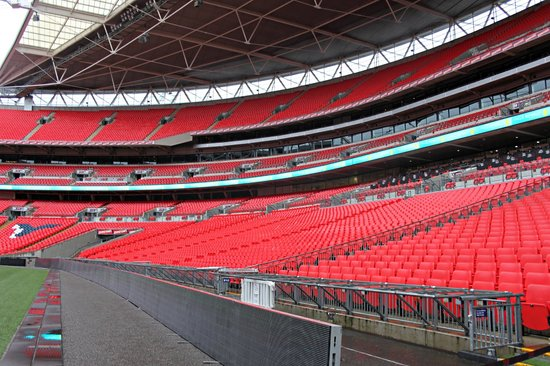 Wembley Stadium : Spalti