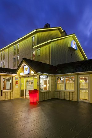 Comfort Hotel Goussainville: entrée