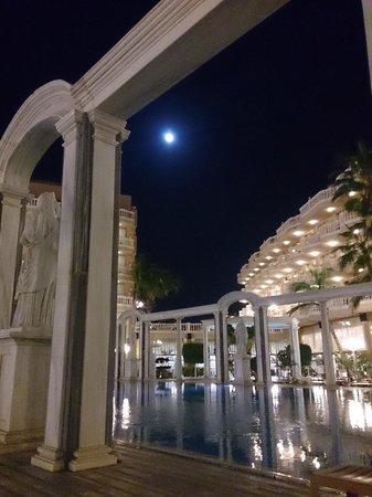 Cleopatra Palace Hotel : Luna Piena !!!