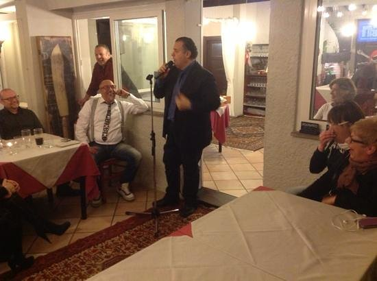 Il Melograno: Niky Giustini ospite di una serata al Melograno