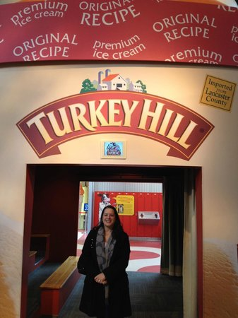 Turkey Hill Experience : Little theatre inside that shows a short film about your visit there