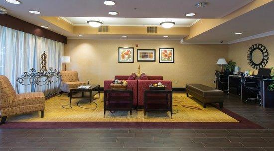 Holiday Inn Express Castro Valley - East Bay: Lobby
