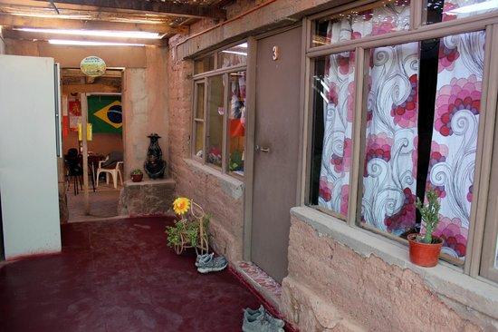 Hostal Tuyasto: Exterior de una habitación colectiva