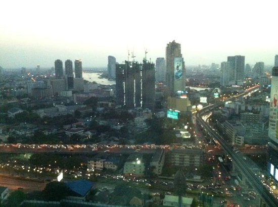 Eastin Grand Hotel Sathorn : Vista dalla camera