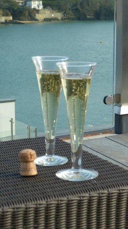 Salcombe Harbour Hotel & Spa: ..a nice welcome..