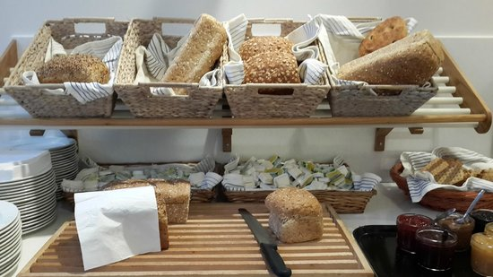 Thon Hotel Tromso : fresh, fresh bread