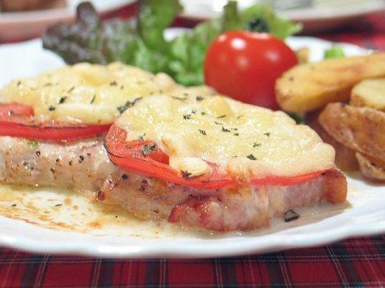 Pension Shalom: ボリュームたっぷりな夕食