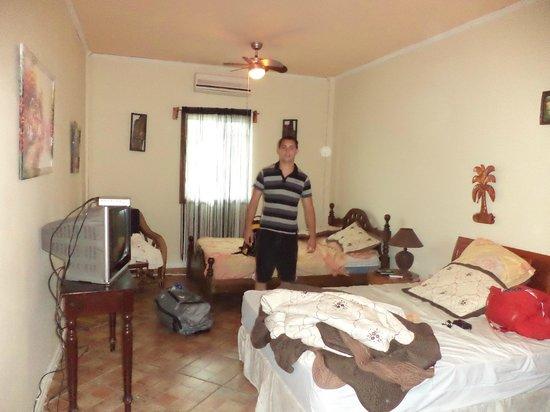 Hotel Oasis: .