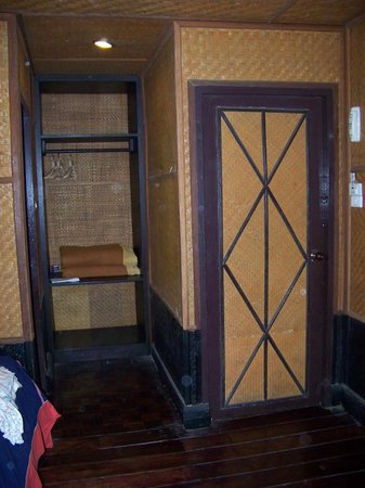 Hmong Hilltribe Lodge: Inside the rooms