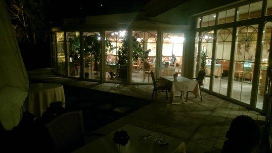 Garten Hotel Magdalena: Restaurant