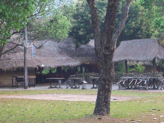 Hmong Hilltribe Lodge: Reception