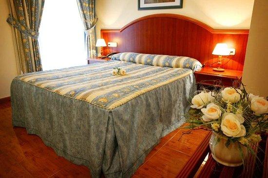 Hotel Pena Santa