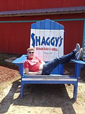 Shaggy's: Be sure to take a picture in the chair!