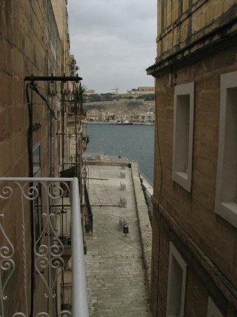 Sally Port Senglea: Street View from Ground Floor Balcony