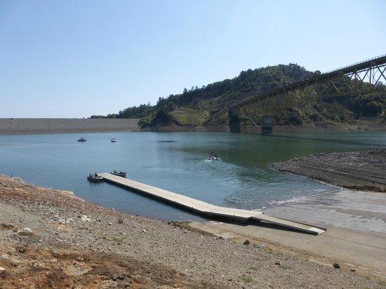 Lake Sonoma : Bridge as seen from boat ramp area