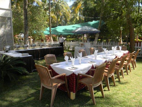 Fantasy Golf Resort: dining
