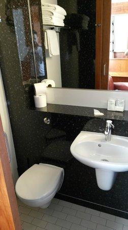 London Visitors Hotel: Bagno