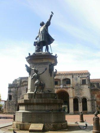Parque Colon: statua di Cristoforo Colombo