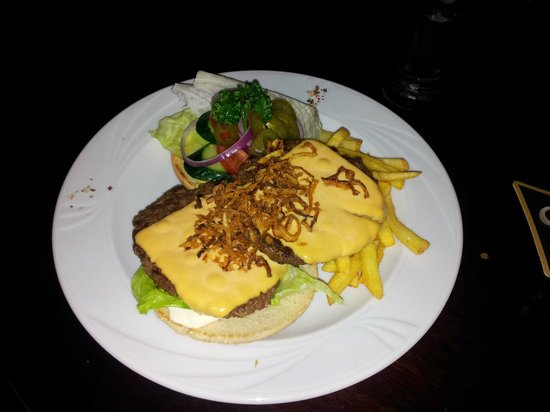 John Bull Sport Pub : CheddarBurger 400 gr
