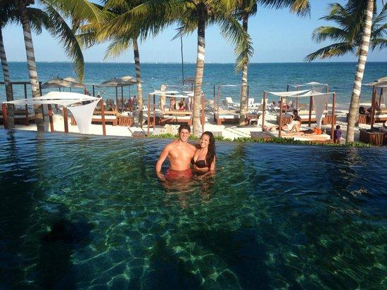 Villa del Palmar Cancun Beach Resort & Spa: The infinity pool!