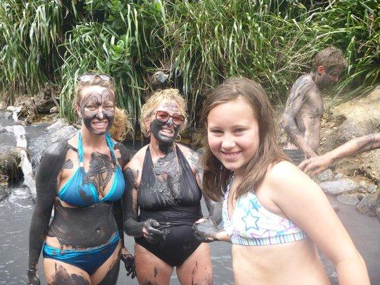 Treasure Tours St. Lucia : mud bath