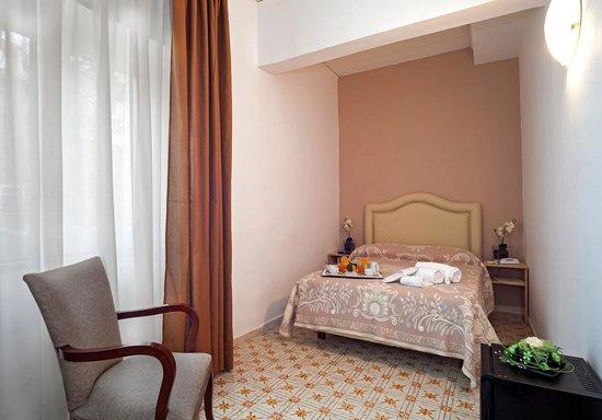 Hotel Caruso: Comfort e Simplicità