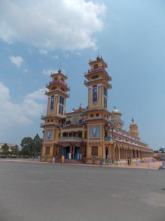 Indochina Pioneer: Cao Dai Temple