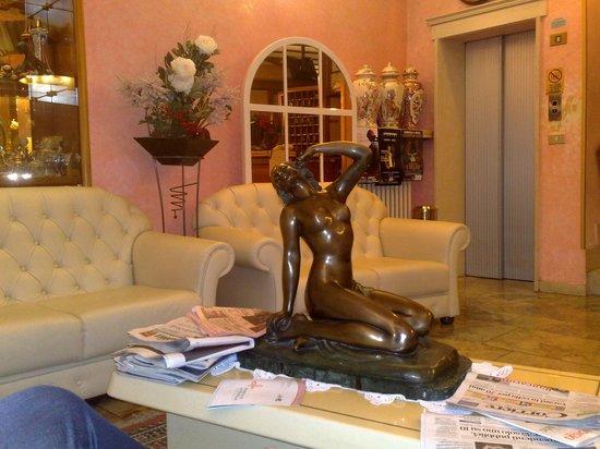 Hotel Vienna Ostenda: i divani per relax