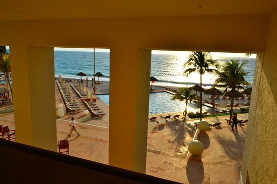 The Westin Resort & Spa Cancun : View from corridor