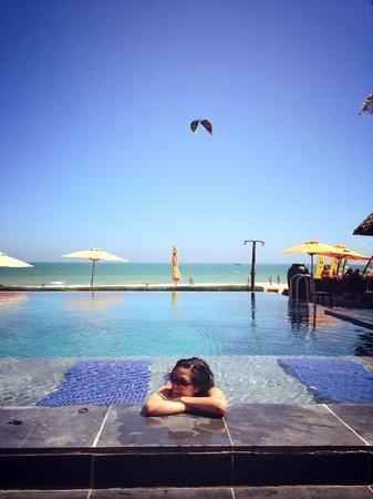 """Unique Mui Ne Resort : Redefining """"Sun Bathing"""""""