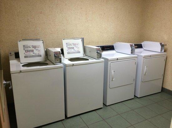 Parkfield Inn : Guest Laundry