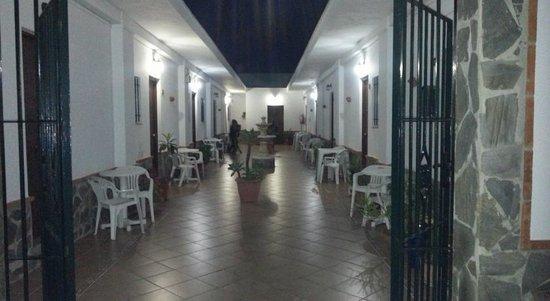 Hostal El Canario: Patio interior