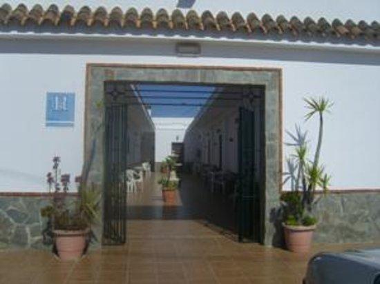 Hostal El Canario: Entrada